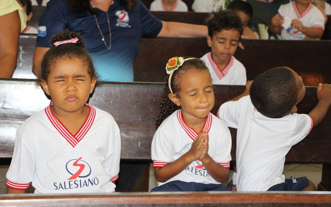 Acolhida dos alunos da Educação Infantil